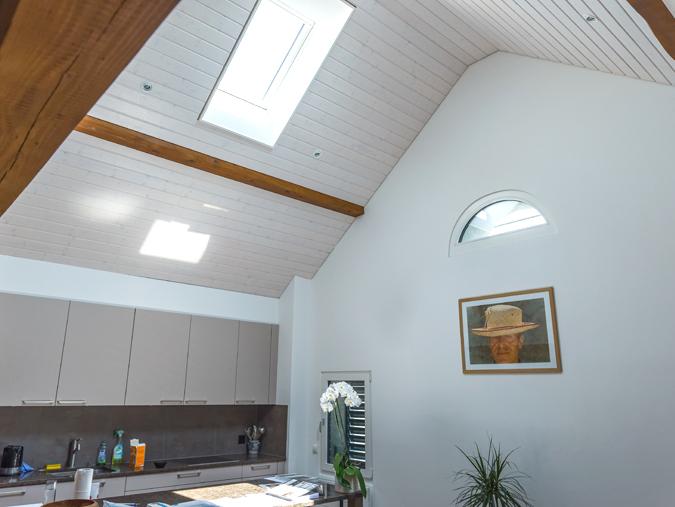 plafond en lambris blanc staviabois sa. Black Bedroom Furniture Sets. Home Design Ideas